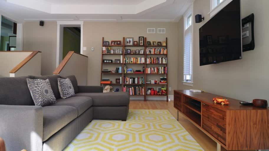 Apartment Decorating Ideas for an Unattractive Rental   Angie s List Apartment Decorating Ideas for an Unattractive Rental