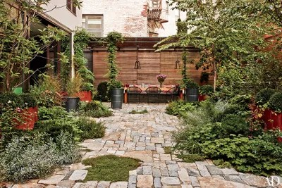 68 Outdoor Patio Ideas and Designs for Backyards and ... on Small Garden Sitting Area Ideas  id=76828