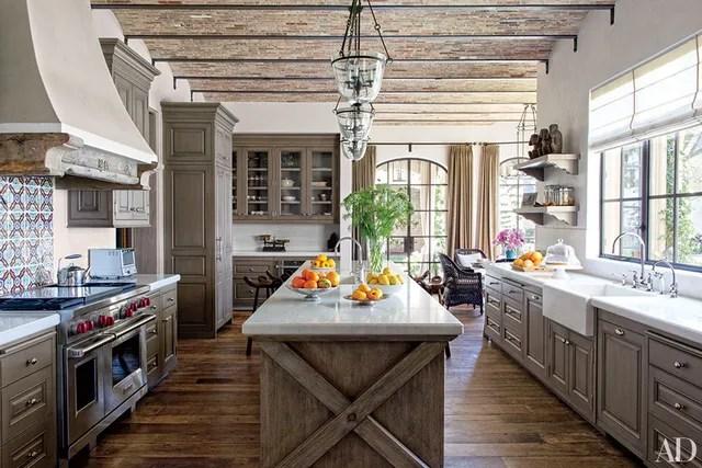 19 inspiring farmhouse kitchen sink ideas photos on kitchens with farmhouse sinks id=40460