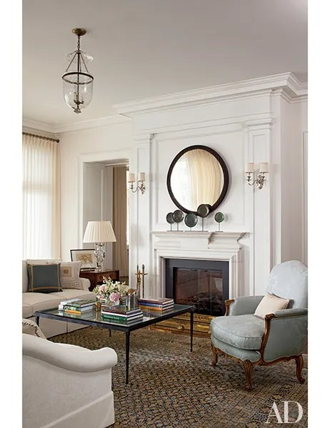 15 rooms with sconce lighting that are