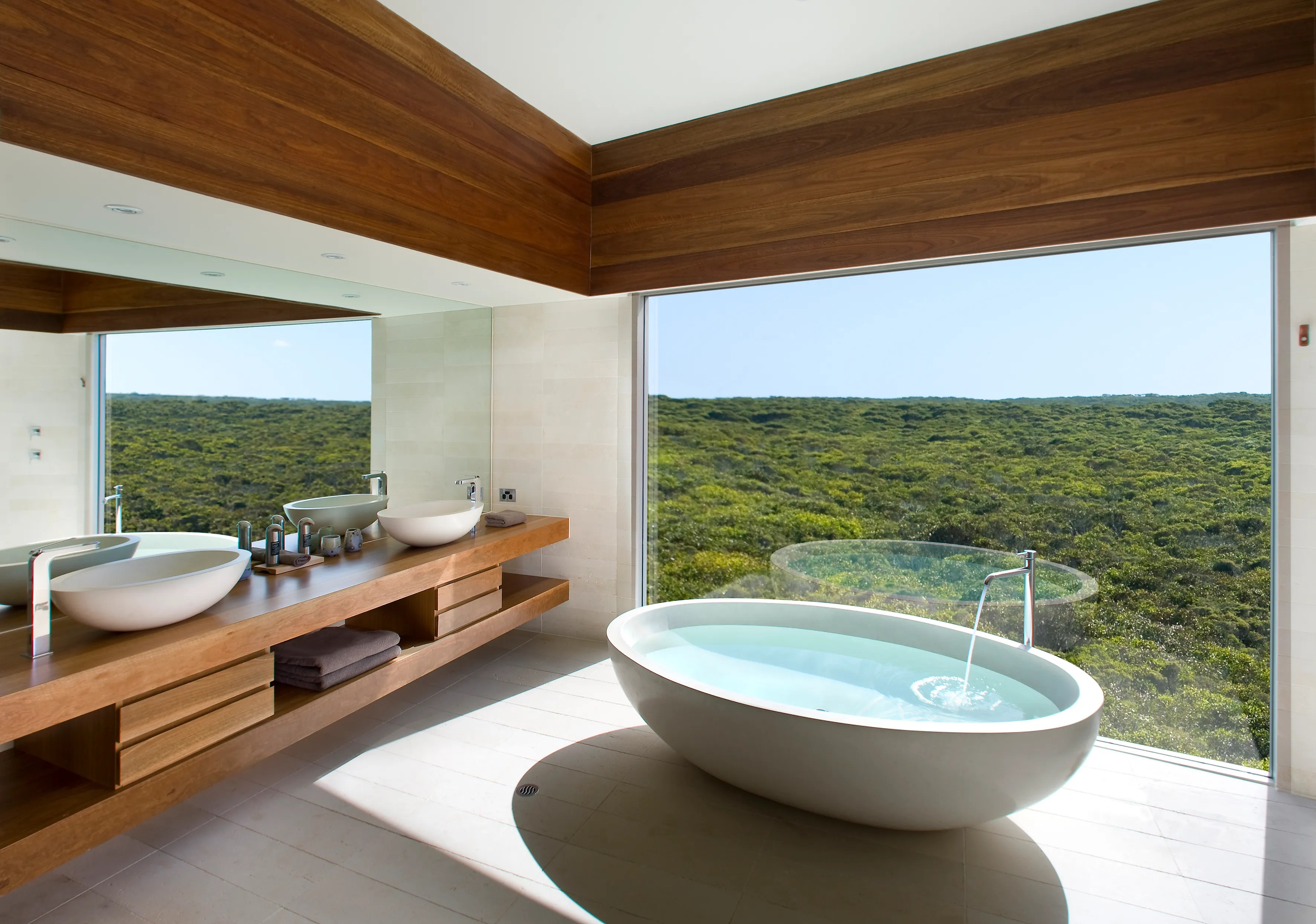 The World's Most Beautiful Hotel Bathrooms Photos