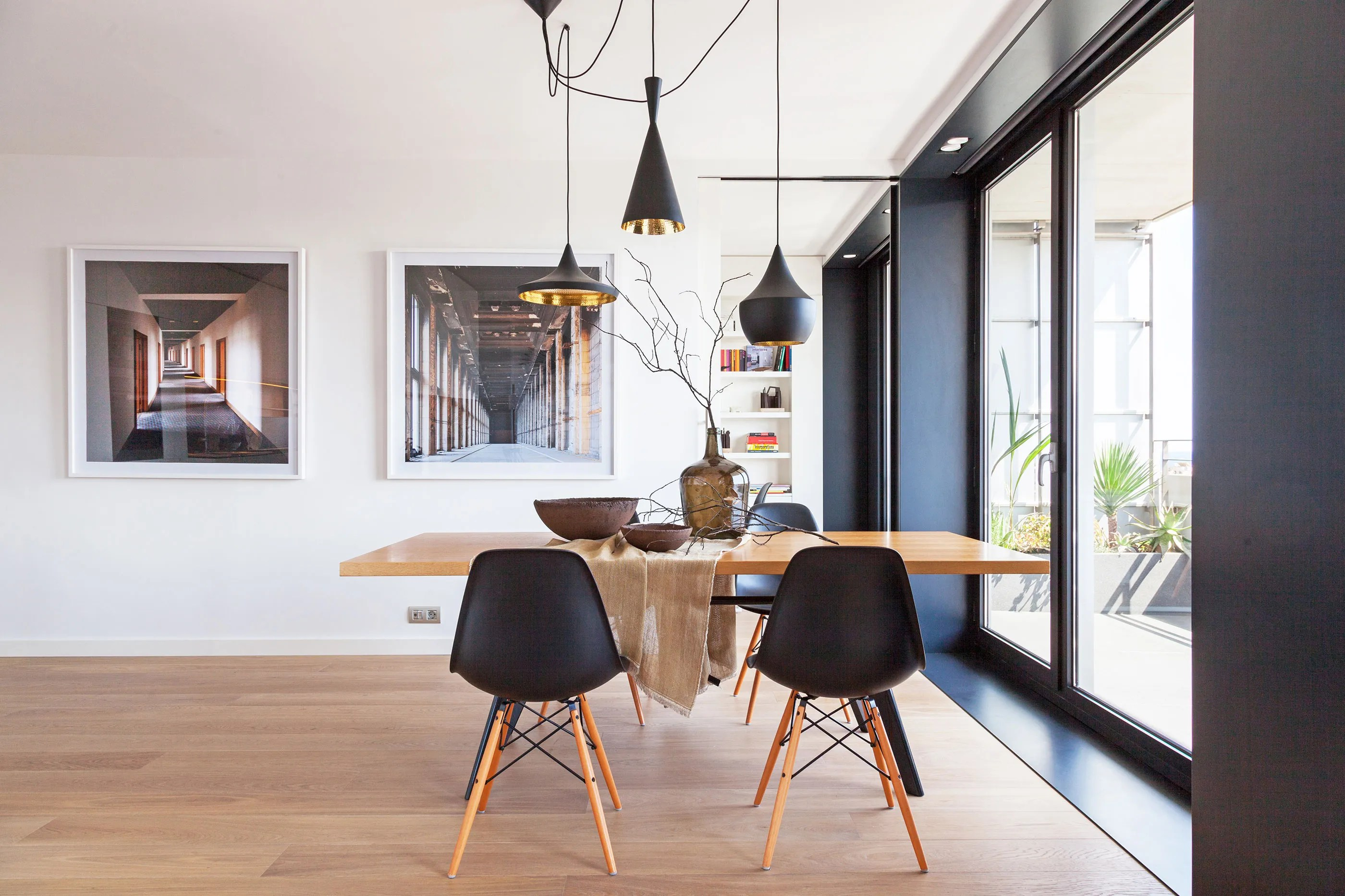 House Tour A Masculine Minimalist Apartment In Barcelona