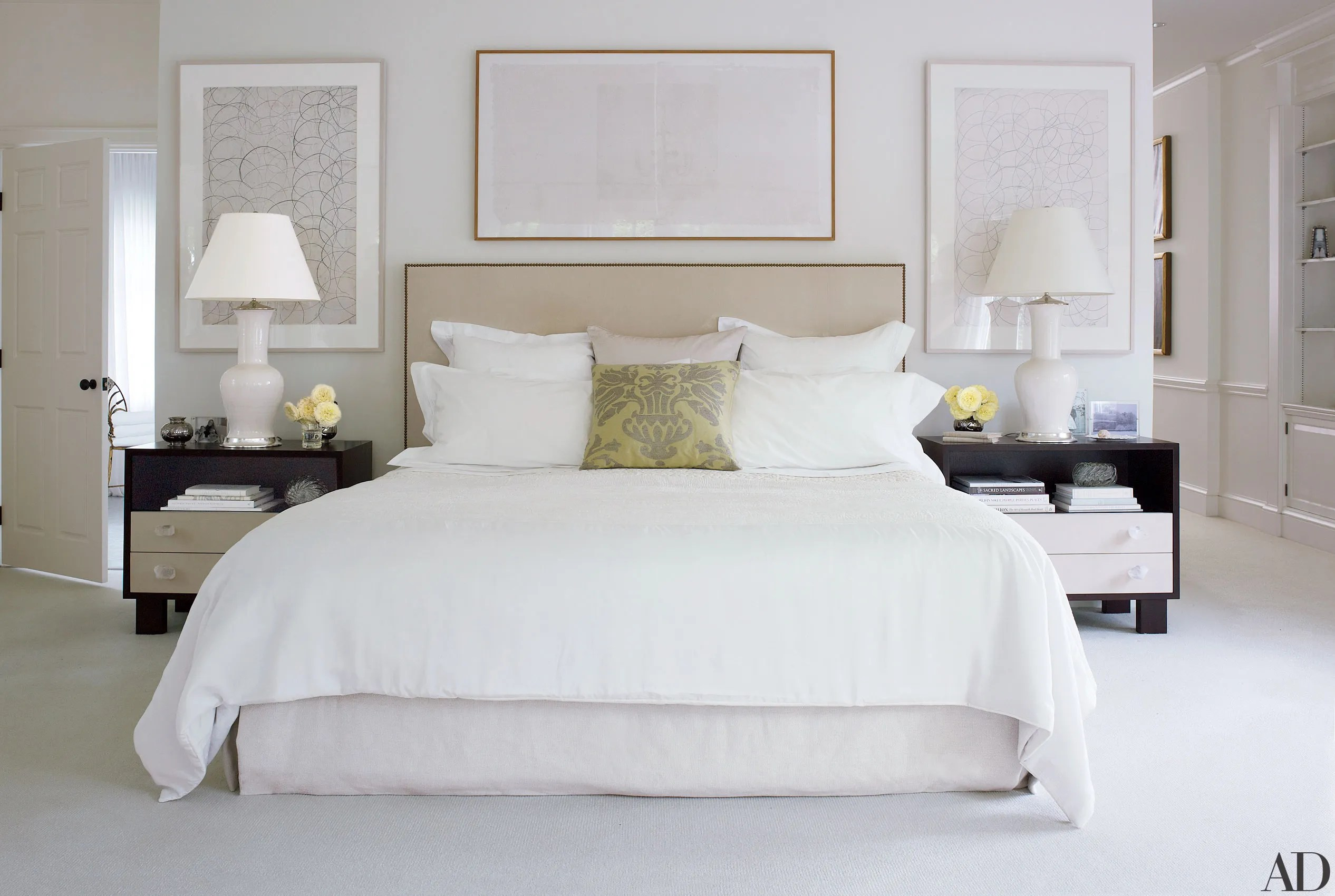 How To Keep Sheets White: Tips From The Laundress