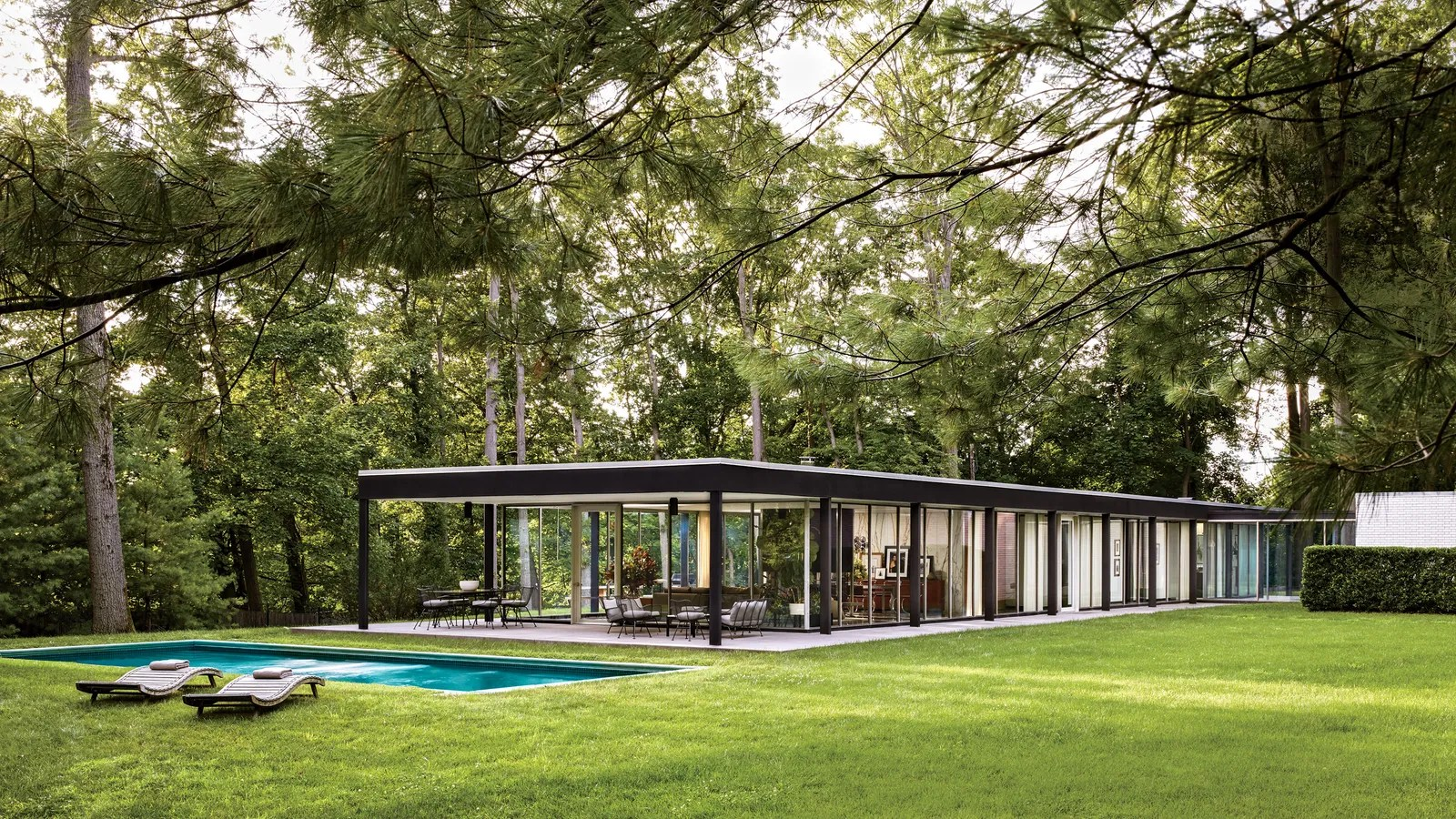 Glass House Design Photos   Architectural Digest on Glass House Design Ideas  id=13230