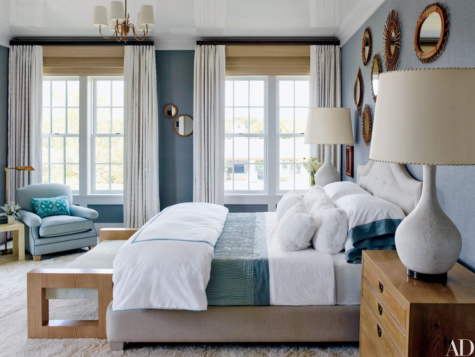 Decorating Ideas for a Welcoming Guest Room ... on Room Decor Ideas  id=46352