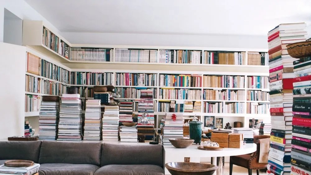 8 ways coffee table books can be used