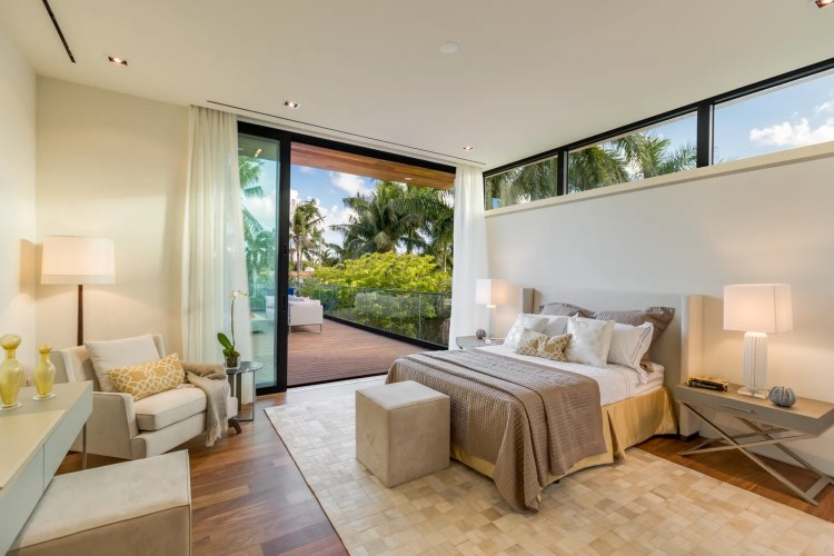 Dual Master Bedrooms Are The Hottest New Amenity In Luxury Homes Architectural Digest