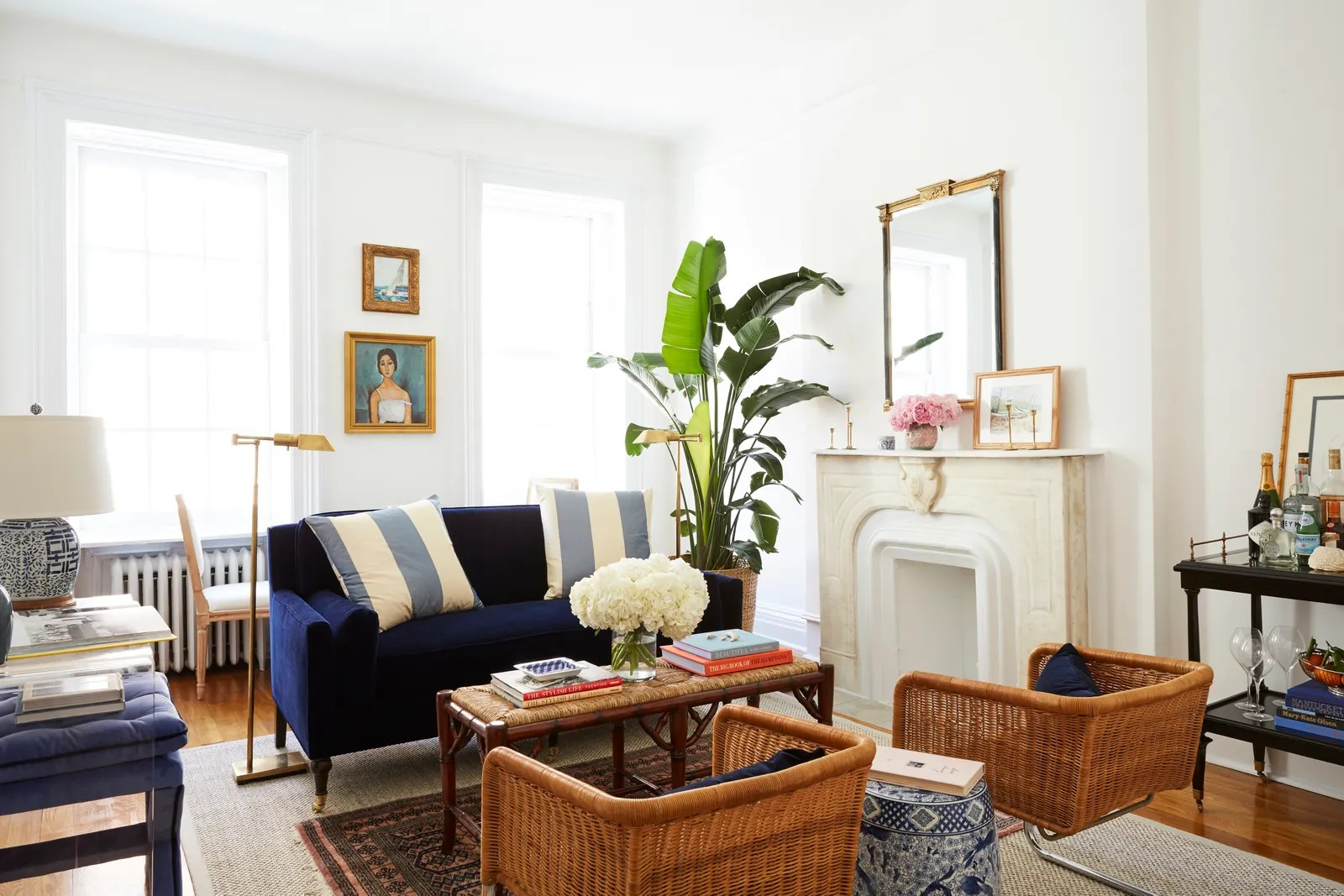8 Small Living Room Ideas That Will Maximize Your Space ... on Small Living Room  id=12877