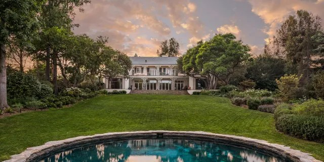 Location: Los Angeles, CaliforniaBuilt: 1938Price: $32,876,098Bed/Baths: 8 bedrooms, 9 bathroomsSq. Footage: 9,843Lot Size: 2.16 acres