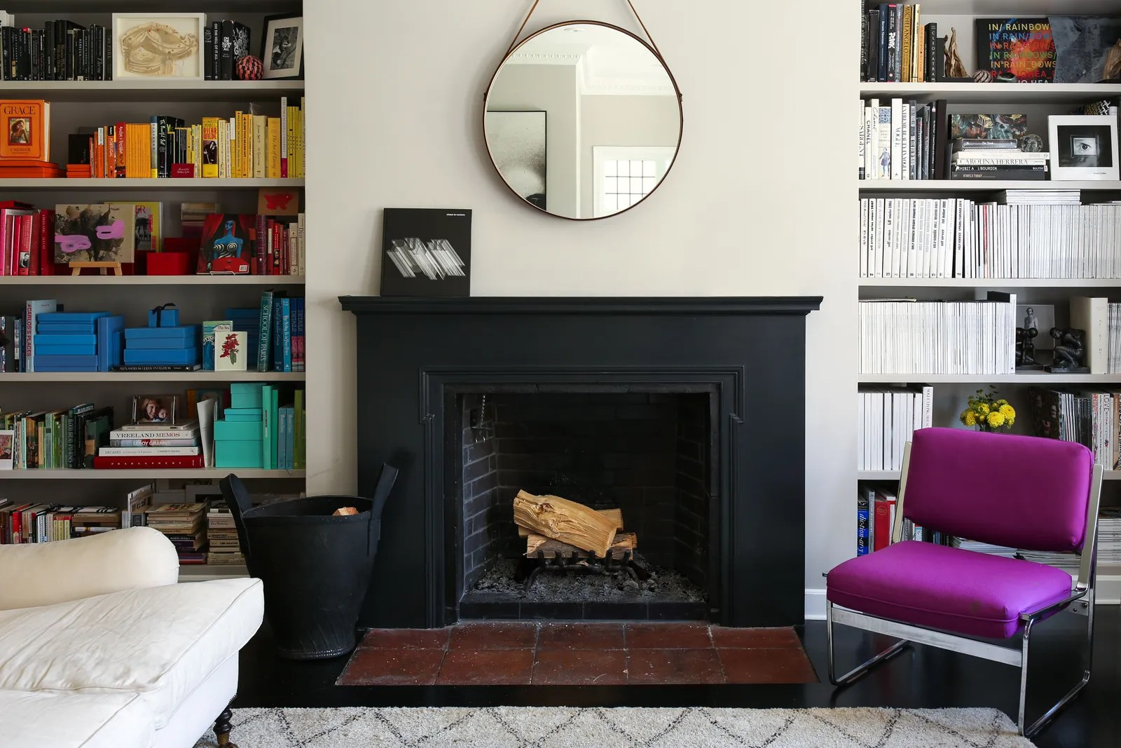 8 Small Living Room Ideas That Will Maximize Your Space ... on Small Space Small Living Room With Fireplace  id=41610