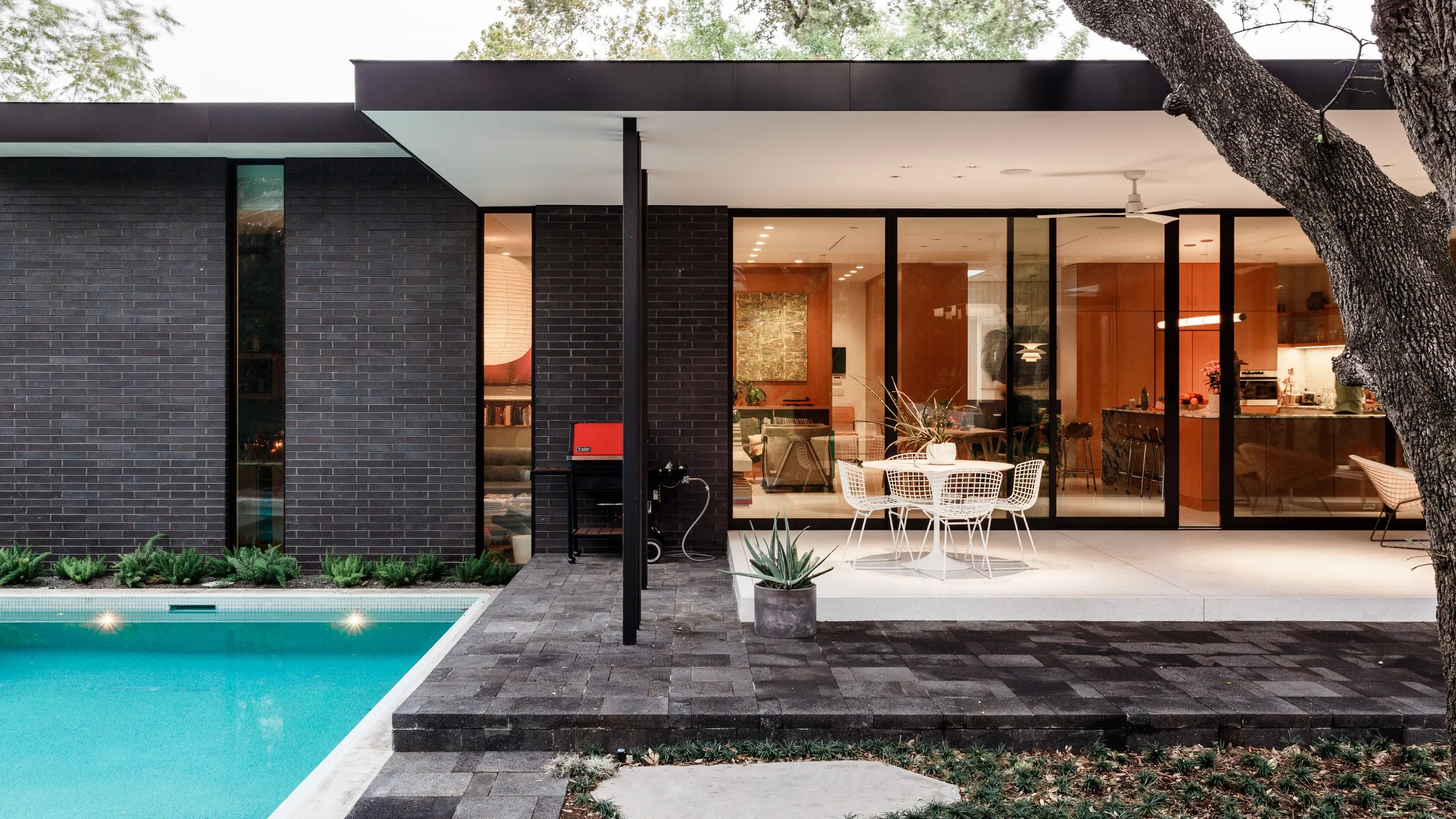a pair of l.a. natives create their own midcentury idyll in