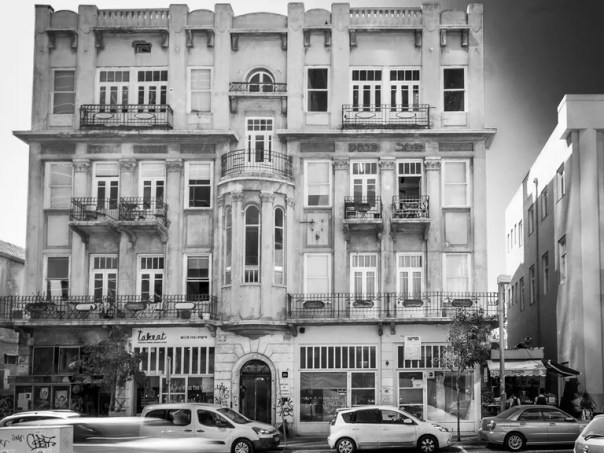The external façade of Herzl16 today.