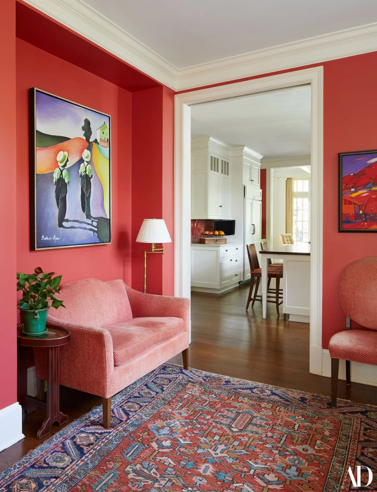 An anteroom ahead of the kitchen this nook is used for informal meetings. It also doubles as a holding area for the...