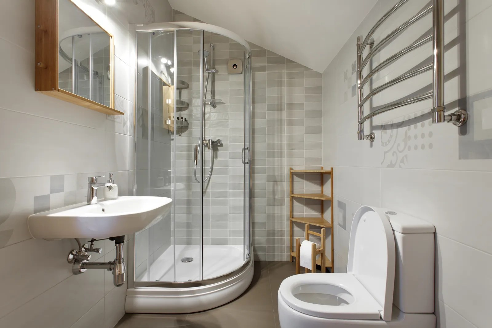 33 Small Bathroom Ideas To Make Your Bathroom Feel Bigger Architectural Digest