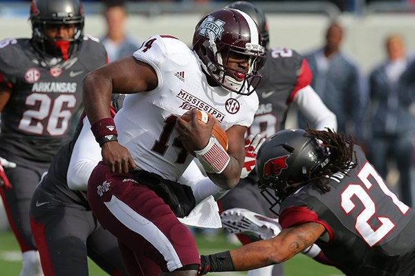 mississippi-state-qb-damian-williams-runs-for-a-touchdown-against-arkansas-in-overtime-saturday-at-war-memorial-stadium-in-little-rock