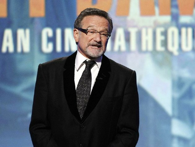 file-this-march-27-2010-file-photo-shows-actor-robin-williams-speaking-at-the-24th-american-cinematheque-awards-honoring-matt-damon-in-beverly-hills-calif-williams-whose-free-form-comedy-and-adept-impressions-dazzled-audiences-for-decades-has-died-in-an-apparent-suicide-he-was-63-the-marin-county-sheriffs-office-said-williams-was-pronounced-dead-at-his-home-in-california-on-monday-aug-11-2014-the-sheriffs-office-said-a-preliminary-investigation-showed-the-cause-of-death-to-be-a-suicide-due-to-asphyxiaap-photodan-steinberg-file