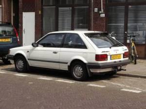 Mazda 323 15 GLX (1987)  AutoWeeknl