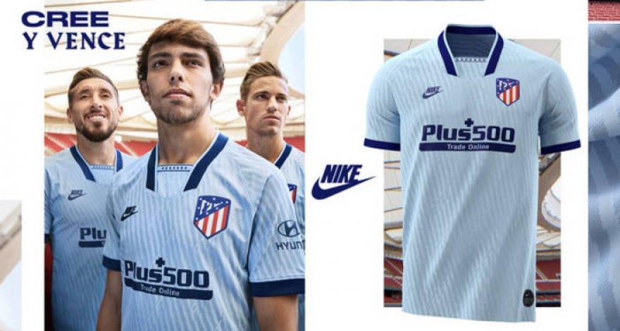 Атлетико представил третий комплект формы в голубом цвете ...