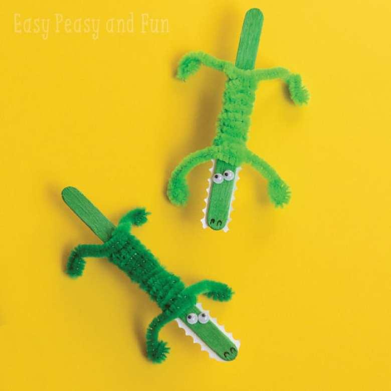 barnpyssel, pyssel för barn, pyssel för familjen, pyssel i skolan, pyssla på fritids, pysseltips, glasspinnar, krokodil, piprensare