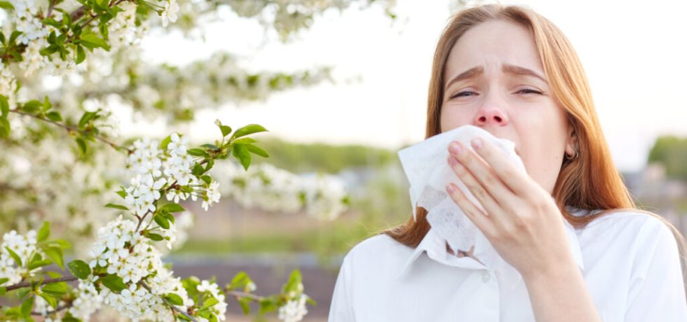 symtom pollenallergi