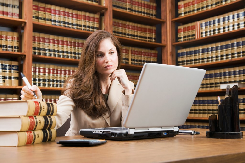 10 Tips To Build A Strong Law School Application Applying To Law School Us News