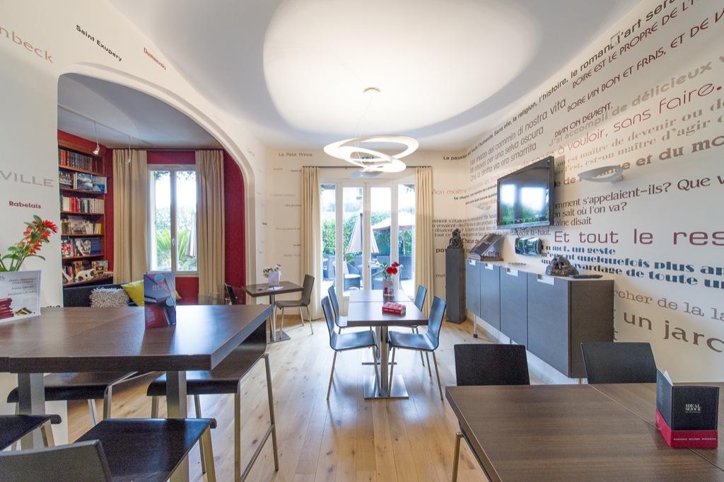 Shooting photos immobilier d'hôtel - salle à manger hôtel à Cannes