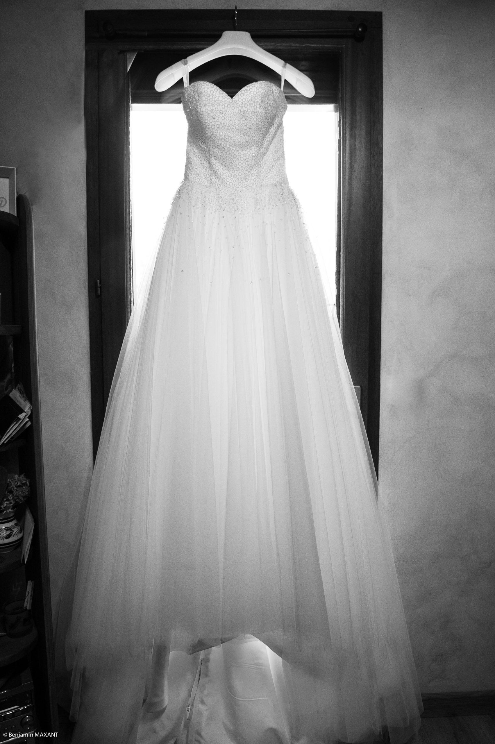 Préparation de Pauline la mariée - la robe