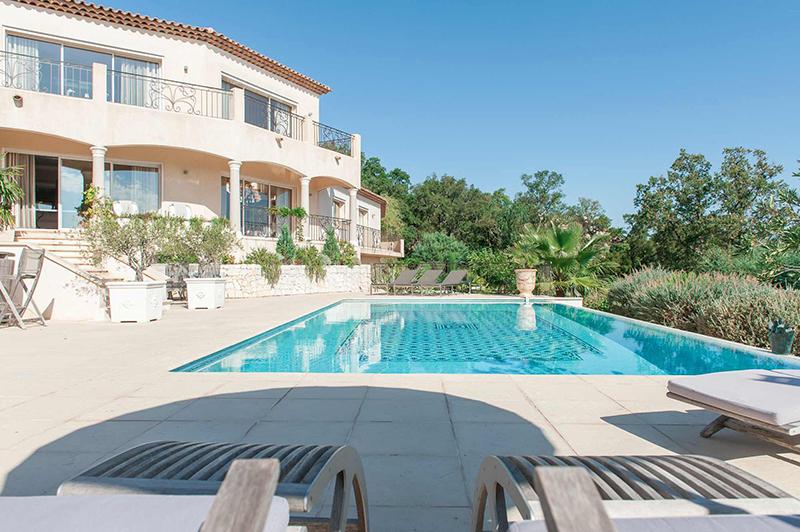 Shooting photos immobilier de villa / maison -