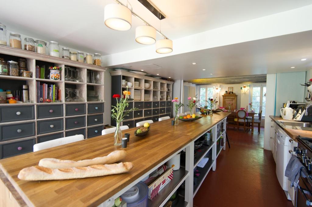 Shooting photos immobilier de villa / maison - longue cuisine