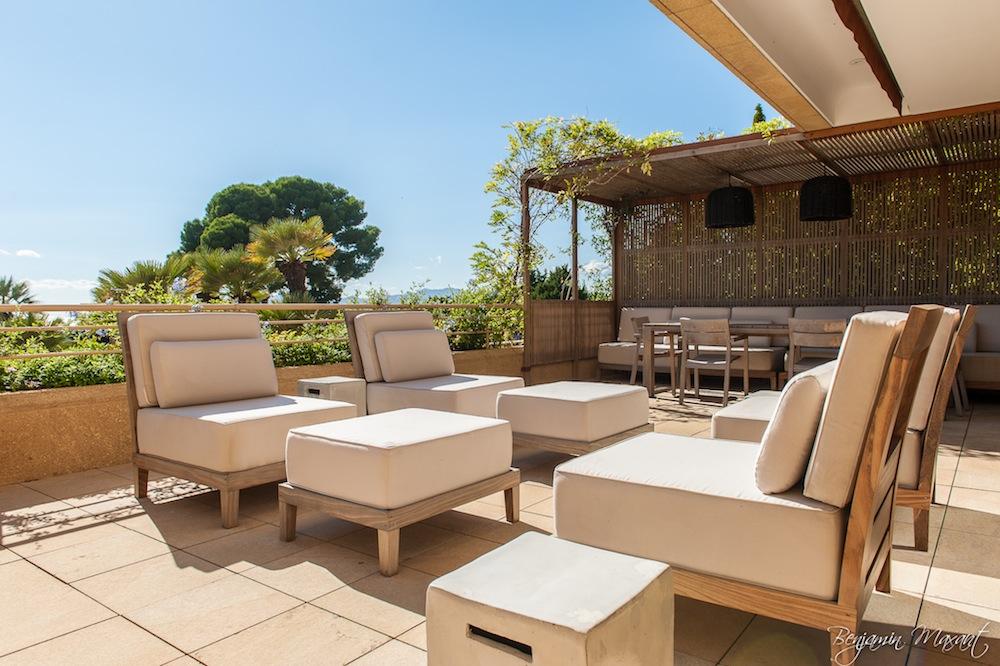photographe immobilier - shooting photo appartement - terrase d'un appartement à Cannes