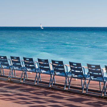 Les chaises bleues 1