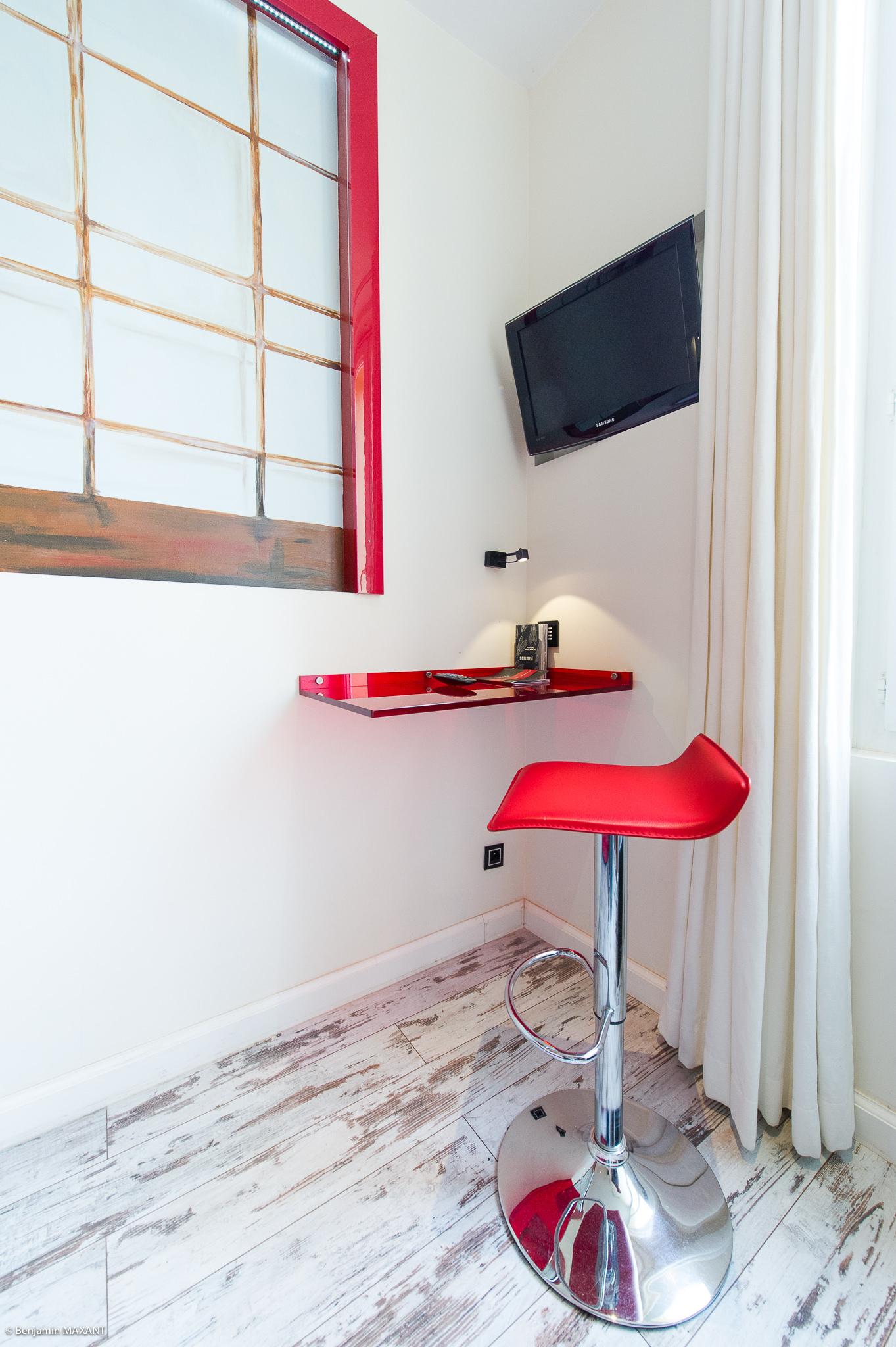 Reportage photo immobilier - Hôtel Idéal - - chambre asie