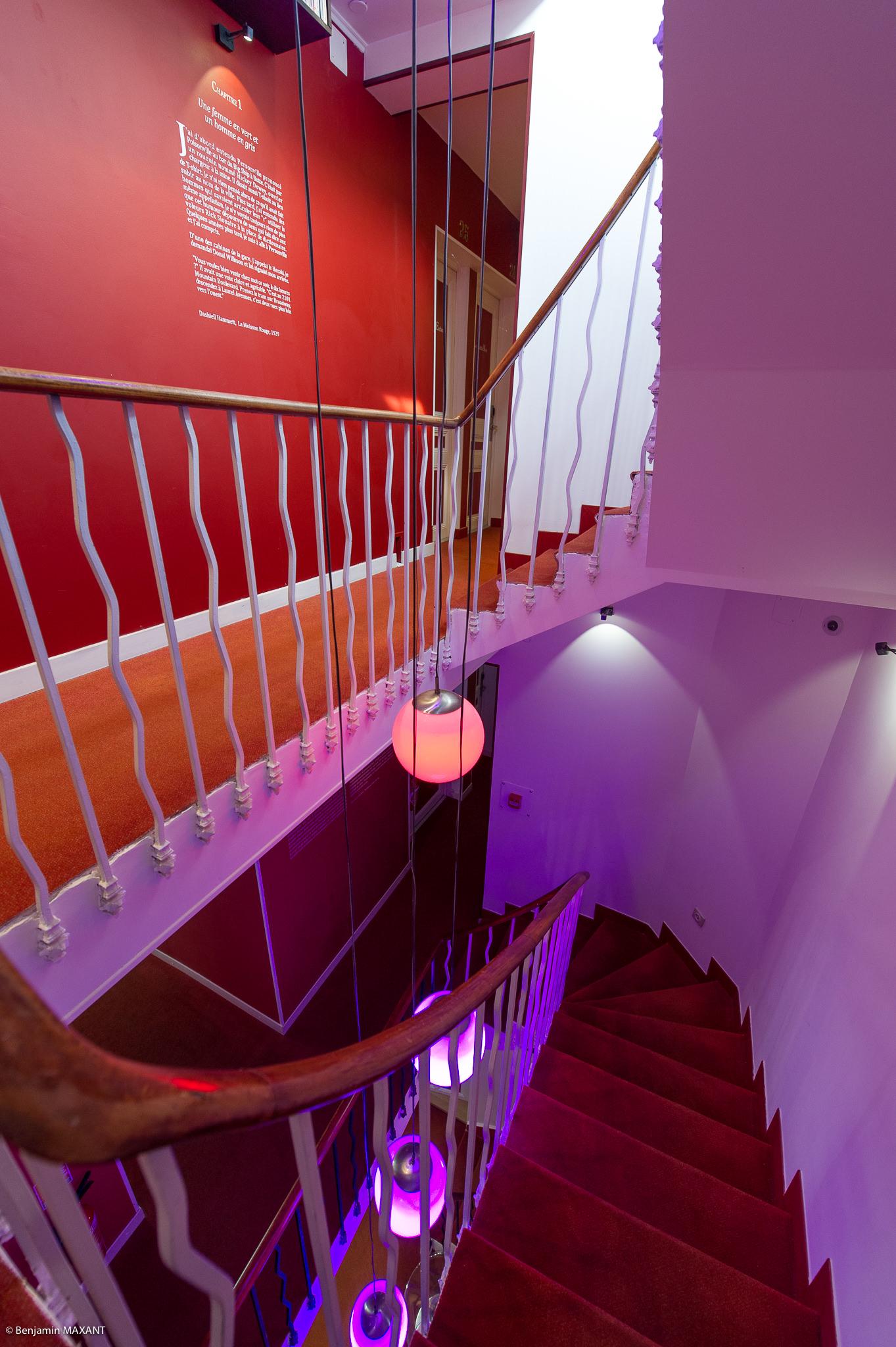 Reportage photo immobilier - Hôtel Idéal - couloirs et escalier