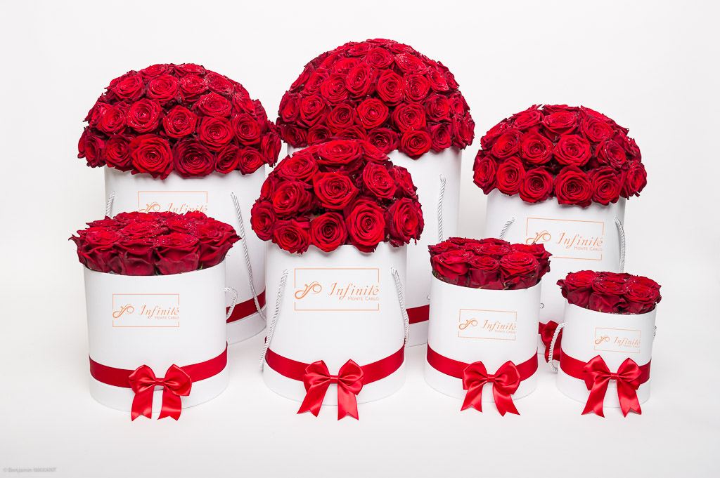 Monte Carlo inifinity packshot photo shoot - Red Roses round packaging