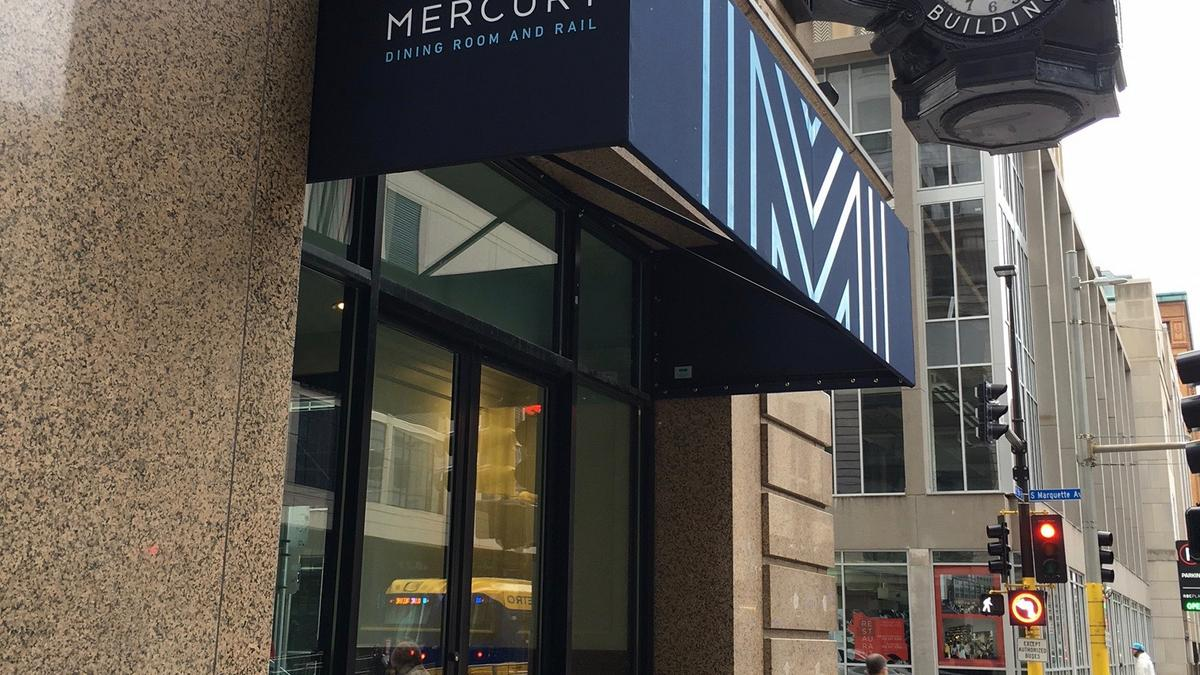 Mercury Dining Room And Rail Opening In Heart Of