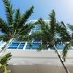 Strand Bar & Grill opens at Carillon Miami Beach