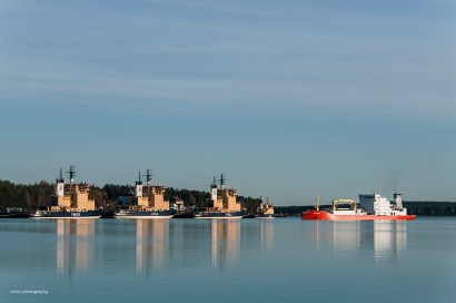 Fartyget Sunnanvik angör Luleå hamn