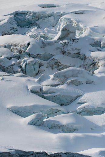 Vid en av flera vackra glaciärer på Svalbard
