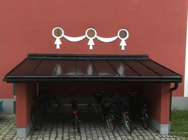 Cykelställ, centrala stan - av Eva