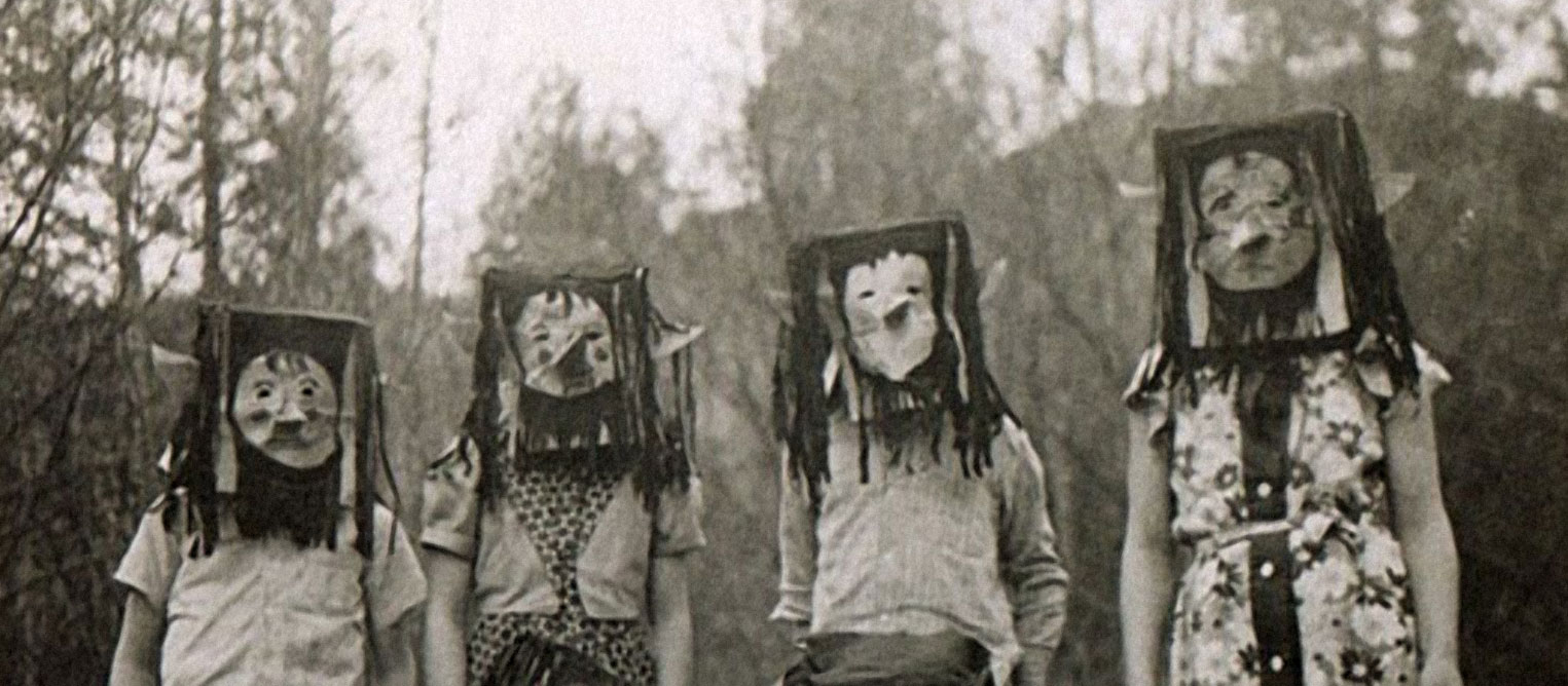 creepy vintage halloween photos scarier than anything you'll see