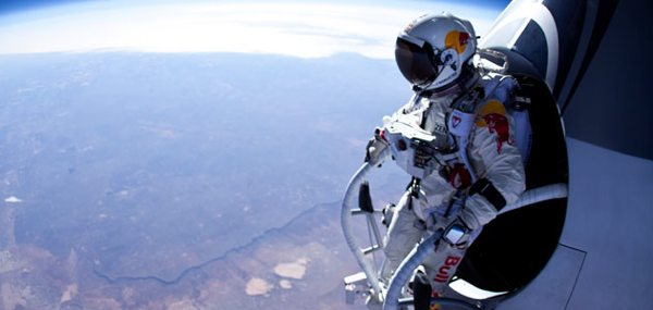 Images Bullet-Man-Felix-Baumgartner-Flash