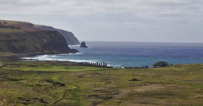 Tongariki in the distance
