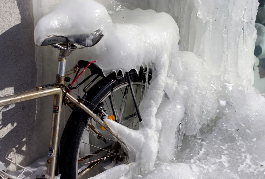 Frozen toronto bicycle you might call it a bikeicicle for Xeni jardin 2015