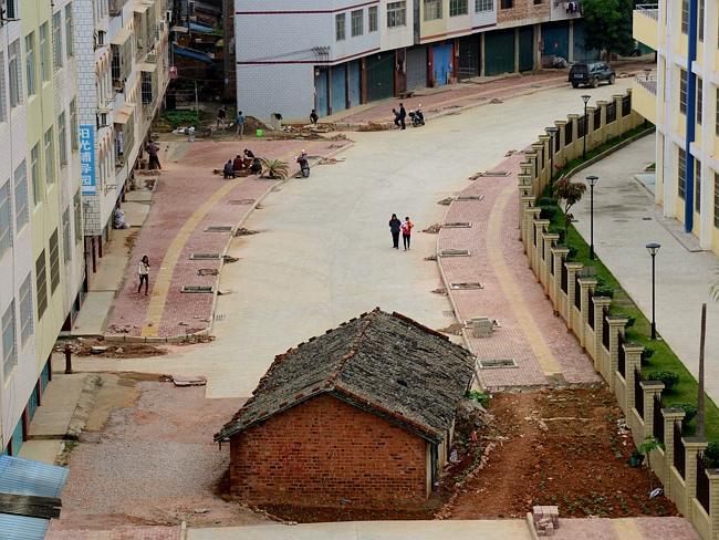 nail-house-in-china
