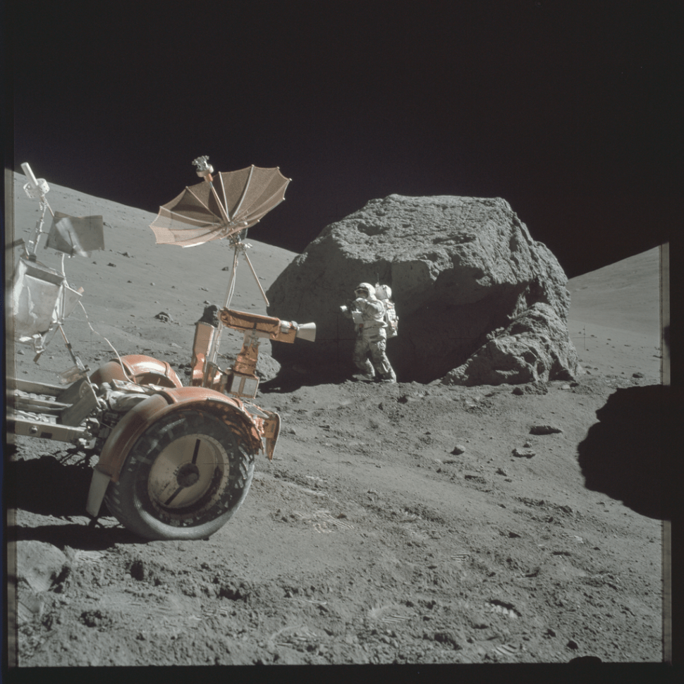 Over 8,400 NASA Apollo moon mission photos just landed ...