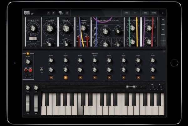 the 10 000 moog model 15 modular synthesizer is now a 30 ipad app boing boing. Black Bedroom Furniture Sets. Home Design Ideas