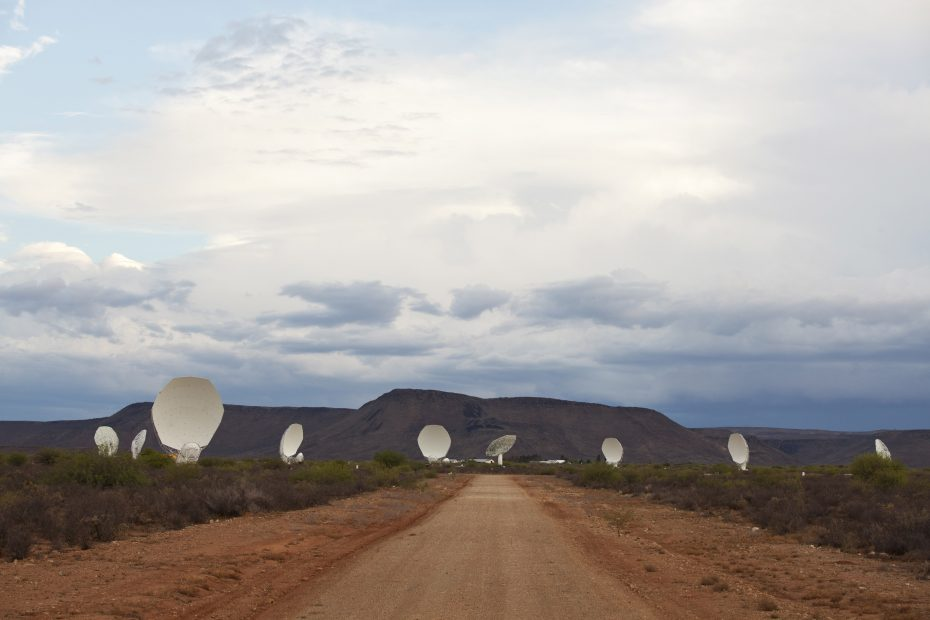 The MeerKAT radio telescope. Photo: SKA South Africa.