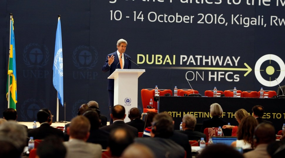 U.S. Secretary of State John Kerry delivers his keynote addres to promote U.S. climate and environmental goals, at the Meeting of the Parties to the Montreal Protocol on the elimination of hydro fluorocarbons (HFCs) use, held in Rwanda's capital Kigali, October 14, 2016. REUTERS/James Akena