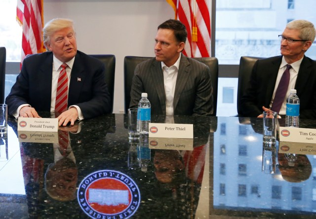 Donald Trump had undisclosed dinner with Mark Zuckerberg and Peter Thiel at White House, Facebook confirms