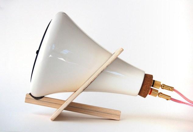 ceramic_speaker_side.jpg